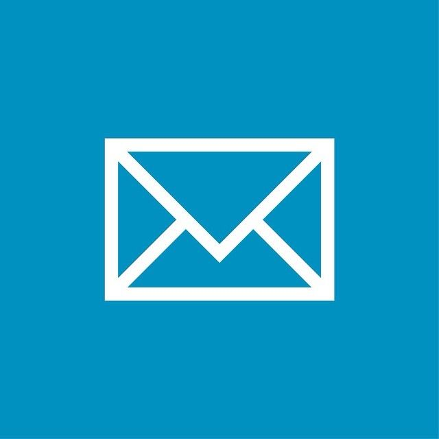 Mail - Icon 1/3 by swatchandpixel