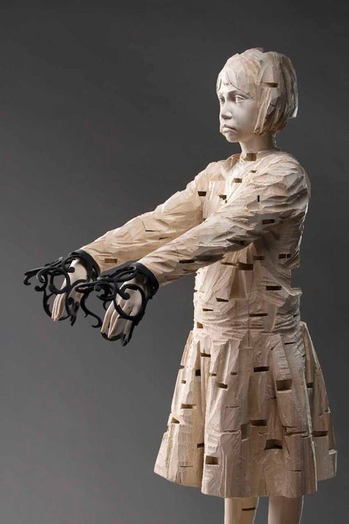 ➕More Pins Like This At FOSTERGINGER @ Pinterest✖️ Gehard Demetz was born in 1972, in Bolzano, Italy. Currently he lives and works in Val Gardena on these amazing woodcarvings. His vision is on point, and his work is nothing short of breathtaking.