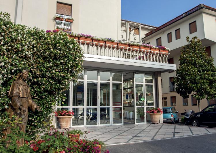 """casa di cura """"m.d. barbantini"""", #lucca. www.clinicabarbantini"""