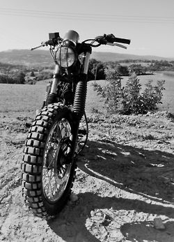 Black  White shot of bike on TKC80s