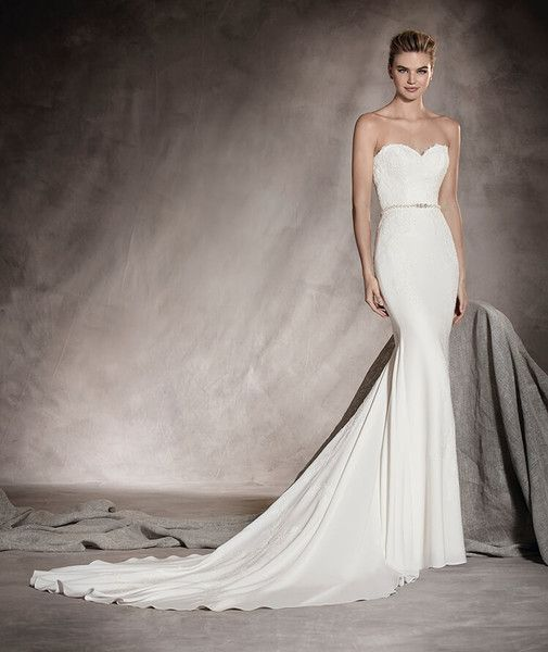 b65393c9511 Pronovias strapless crepe and lace wedding dress