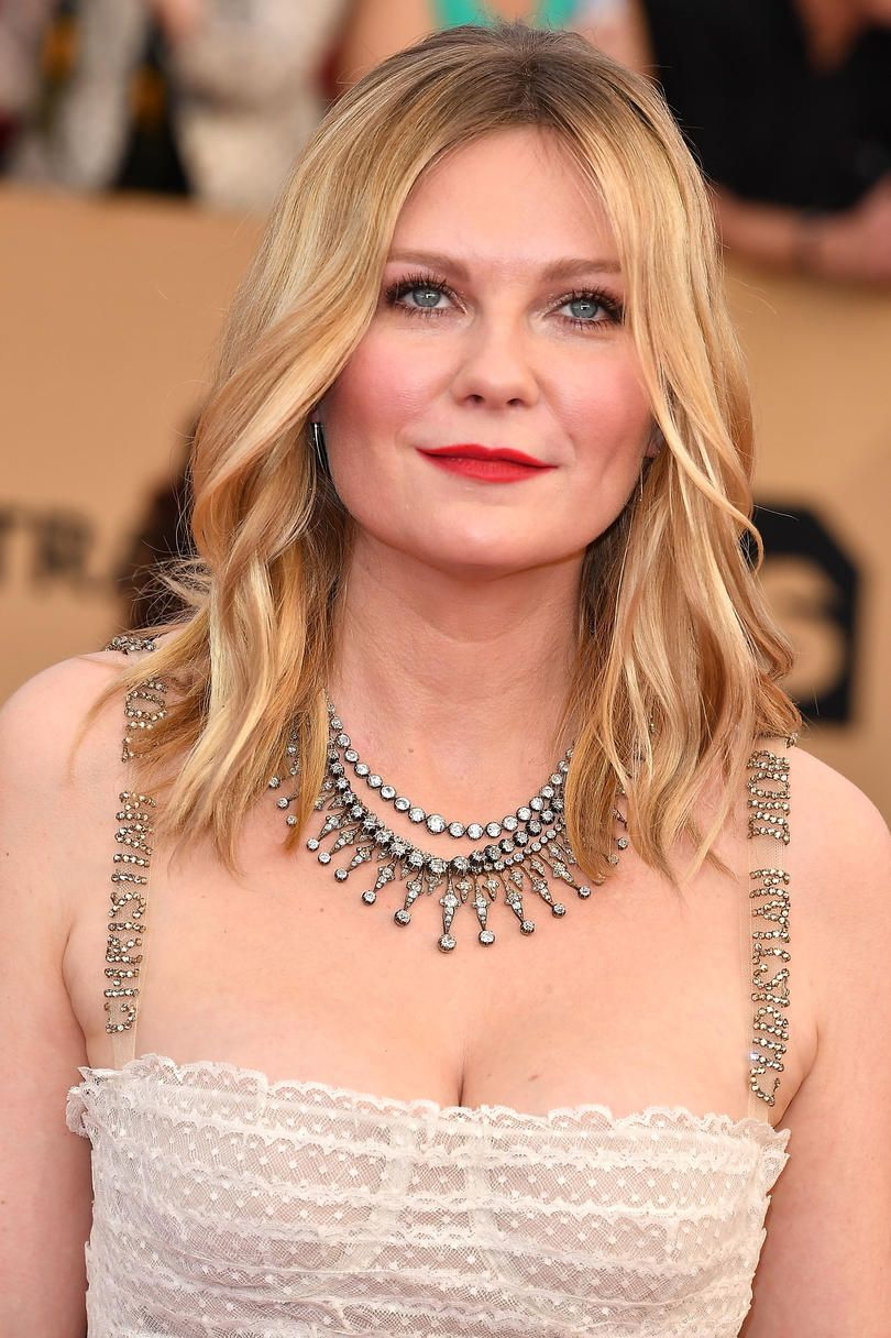 The Best Short Hairstyles for Round Faces  Pinterest  Soft waves
