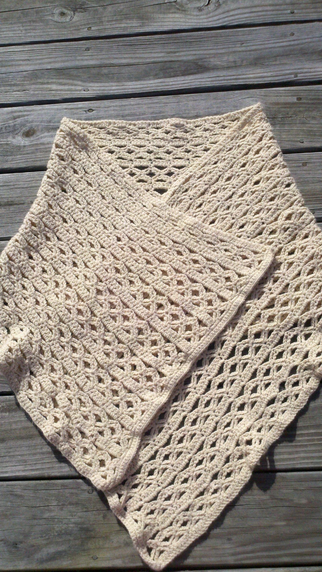 Crochet prayer shawl | Prayer shawls | Pinterest | Chal, Cuellos ...