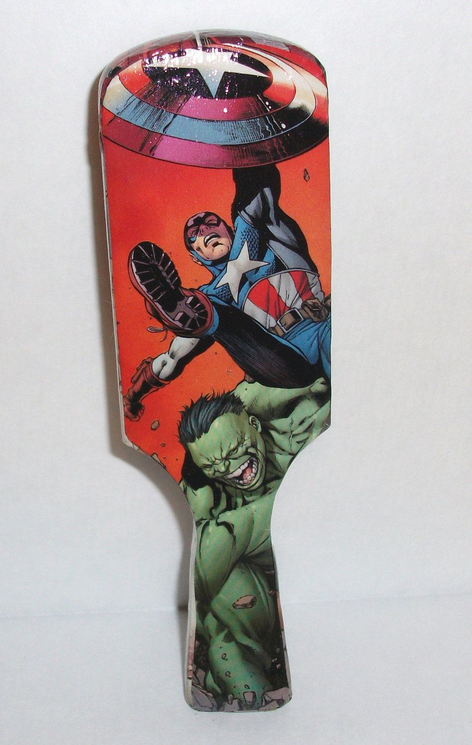 avengers-captain america, hulk, the wasp- club style hair brush--fan