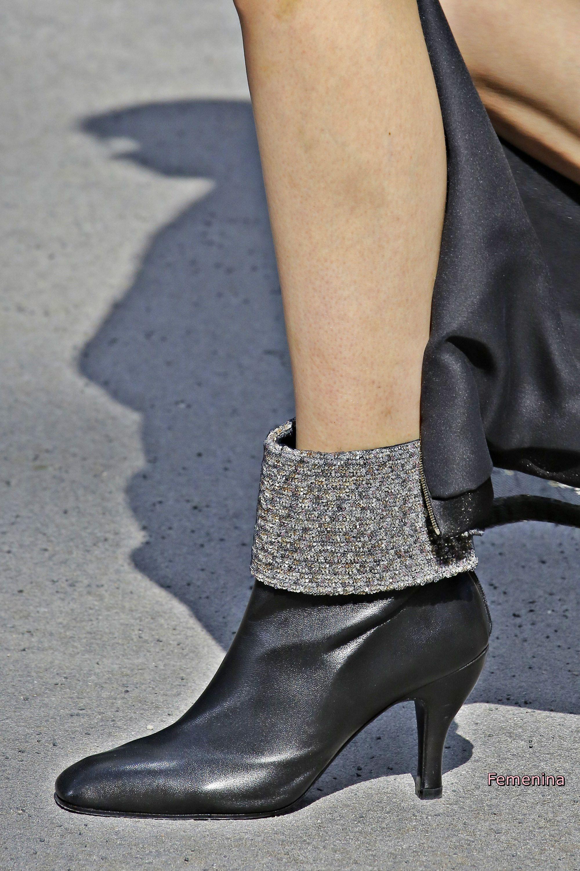 Chanel Couture Fall Winter 2018 -Boots chanel hautecouture shoes ... e3dde7c7c9b