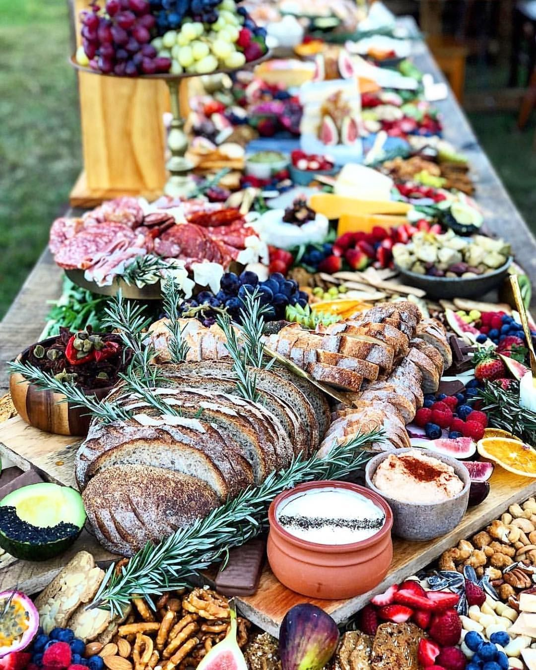 Now That's A Grazing Table!! R In 2019