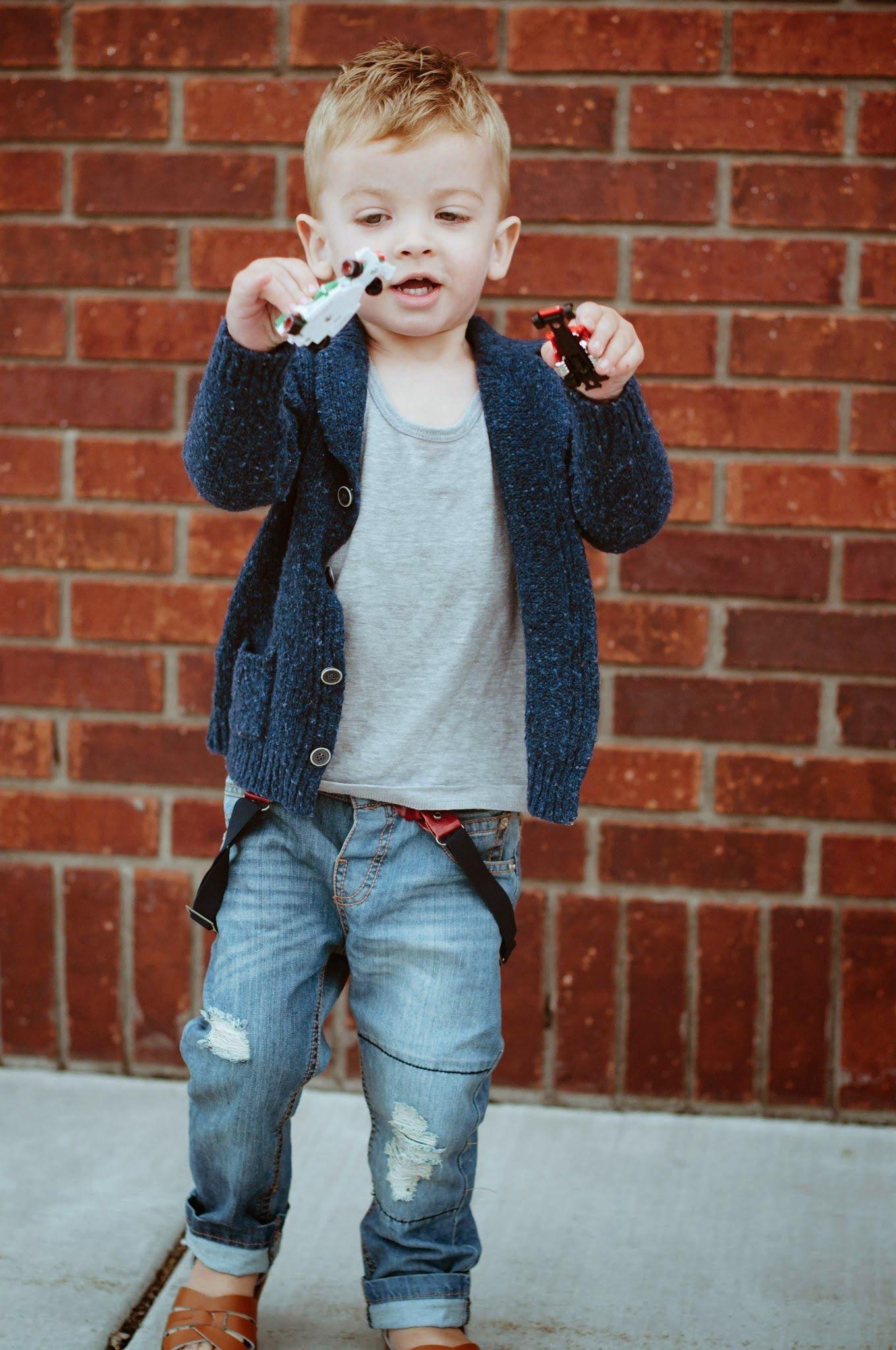 Black sandals for toddler boy - Hanes Outfit Tank H M Cardigan Zara Jeans Zara Sandals C