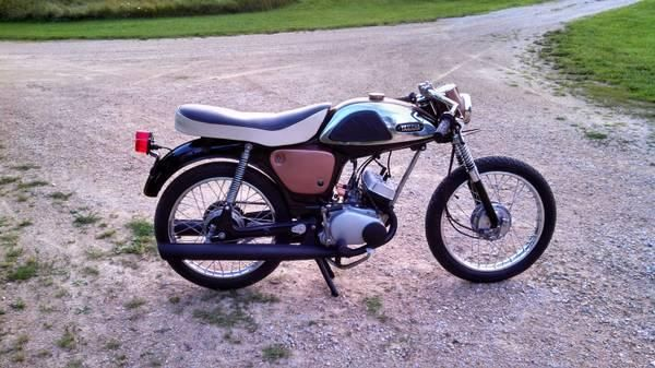 For sale - 1967 yamaha yl 100 twin  100cc two stroke motor