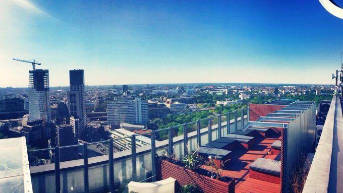 Fabulous Du verbringst den Sommer in Berlin und nicht in der Ferne Berlin hat genug Rooftop