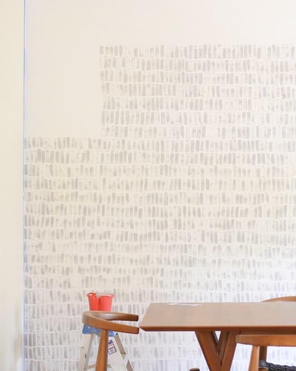 DIY Handpainted Faux Wallpaper Easy & Beautiful, Even on ...