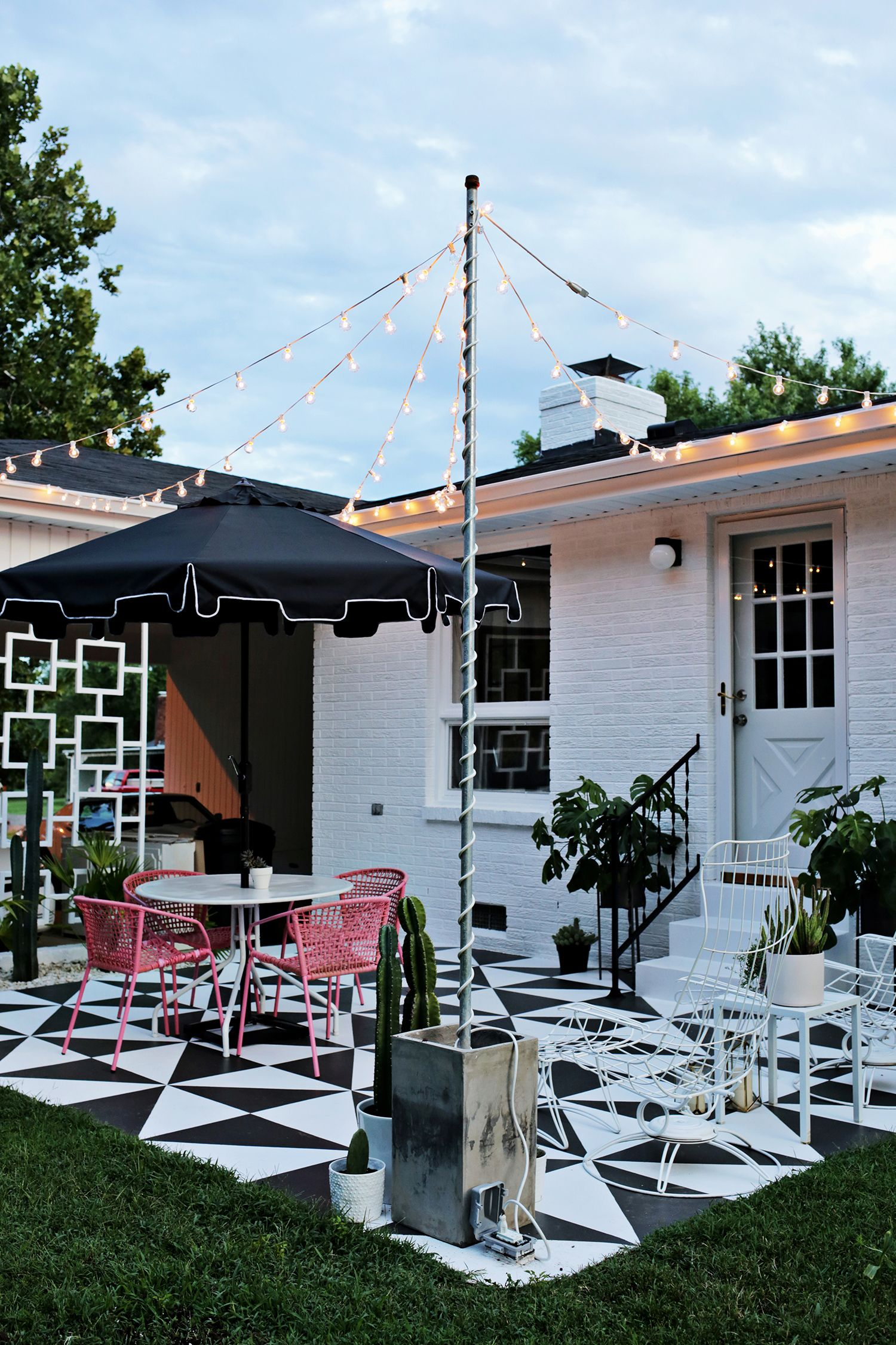 Create Outdoor Patio Lighting Without A Pergola Renter