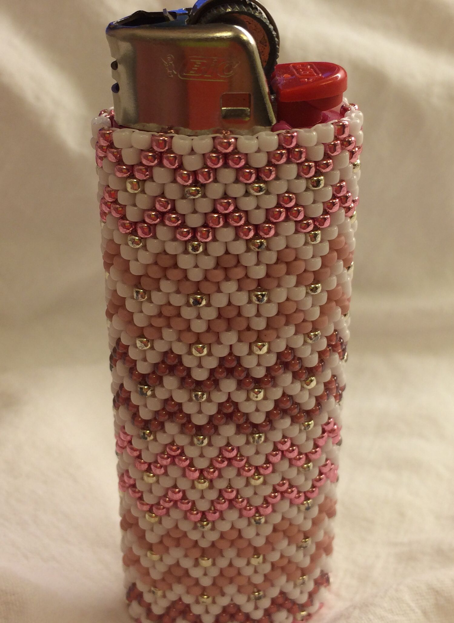 how to make a beaded lighter cover