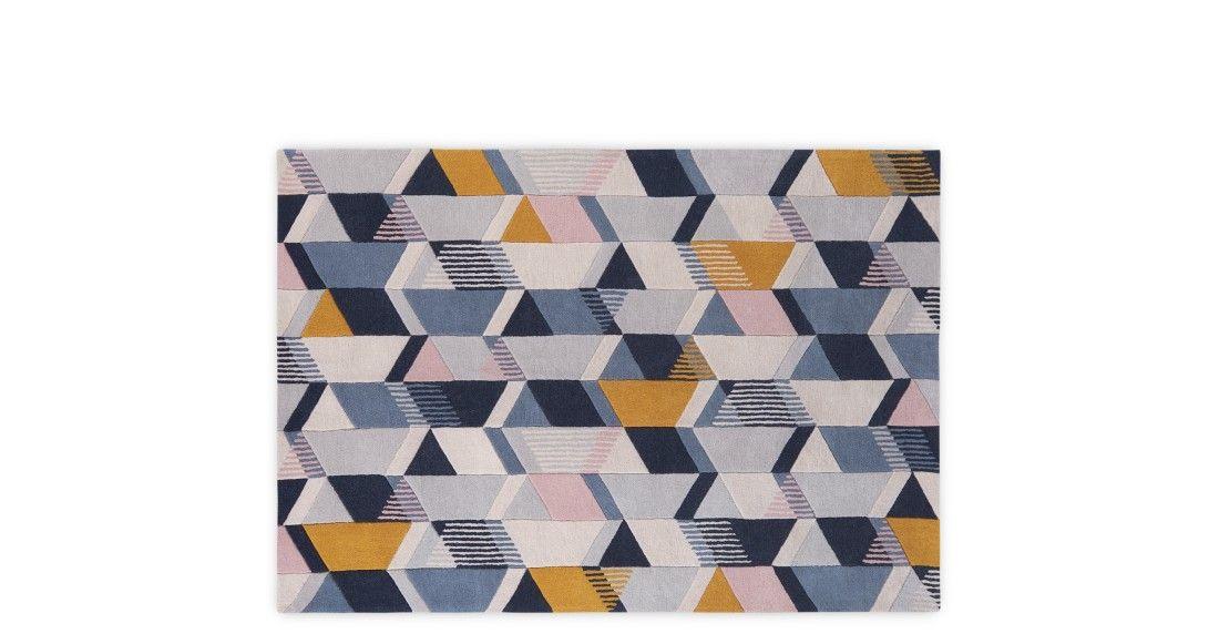ava grand tapis a motifs geometriques