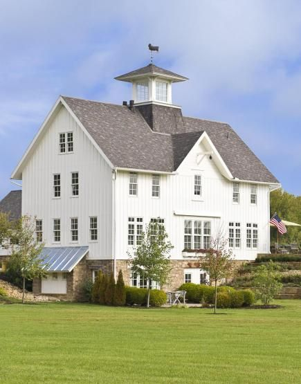 Love of country a barn style ohio home barn house och for Midwest living house plans