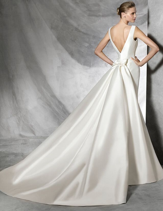 Mikado Silk Pronovias 2018 Wedding Dresses
