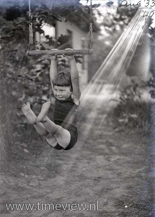 U001 Swing Baby Swing 1933 Baby Swings Make Me Smile Play Image