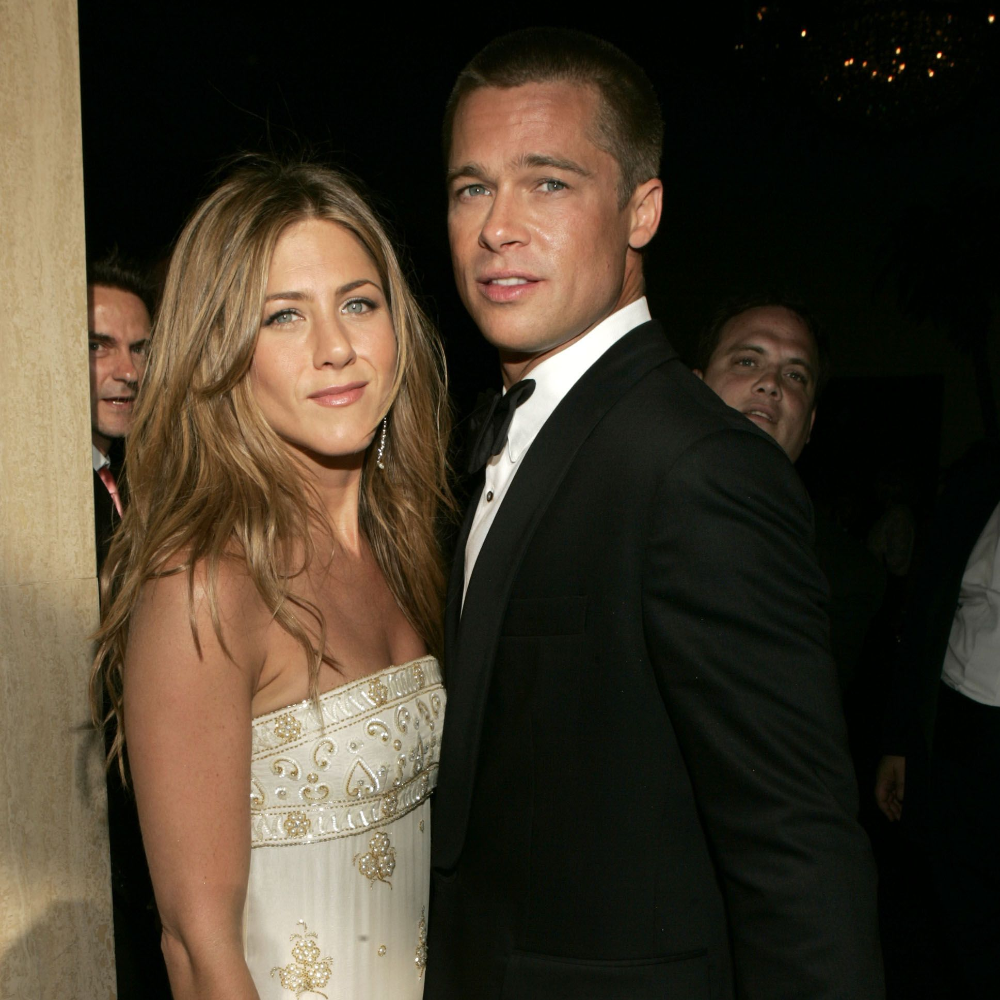 Brad Pitt And Jennifer Aniston Reunited At A Golden Globes After Party Last Night Jennifer Aniston Photos Brad Pitt And Jennifer Brad Pitt Jennifer Aniston