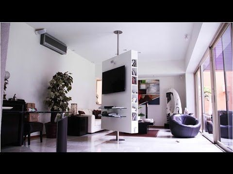 Centro de entretenimiento multifuncional con giro de 360 for Mobili salvaspazio soggiorno