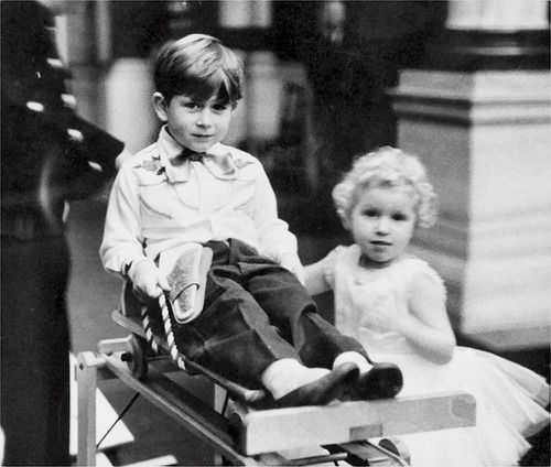 HRH Princess Anne (*1950) with her brother Charles (left) on his fith birthday, 14th november 1953