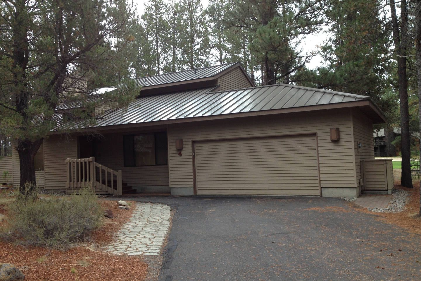 4 Olympic Lane Sunriver Or 97707 In Sunriver Sunriver Vacation Home Oregon Vacation