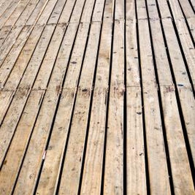 How To Clean Mold And Mildew From Wood Decks Cleaning