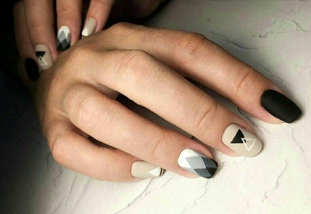 Pin By Gyngys Jzmin On Krmk Pinterest Minx Nails Beauty
