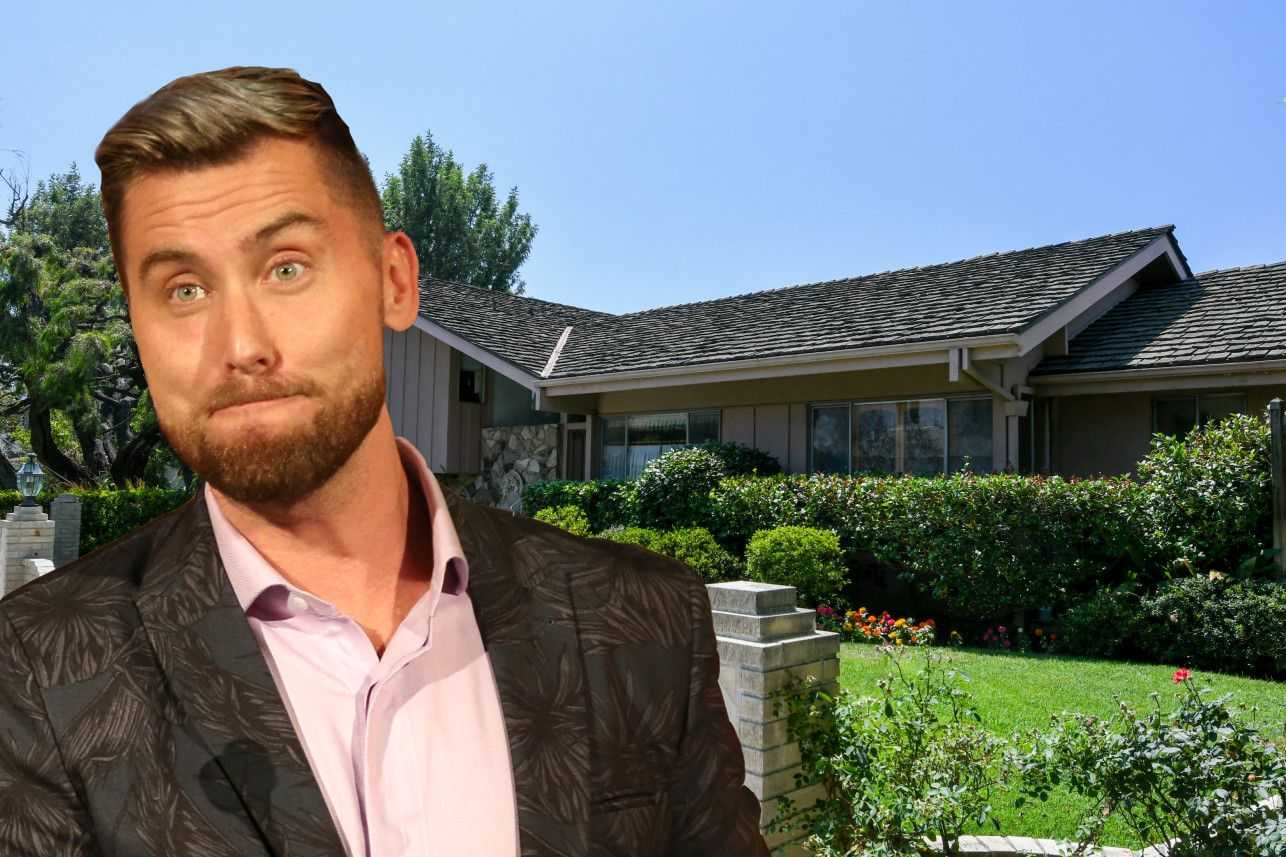 """'The Brady Bunch' House: Lance Bass Claims Hollywood Studio Has Snapped Up Property After He'd Placed """"Winning Bid"""" #bradybunchhouse"""