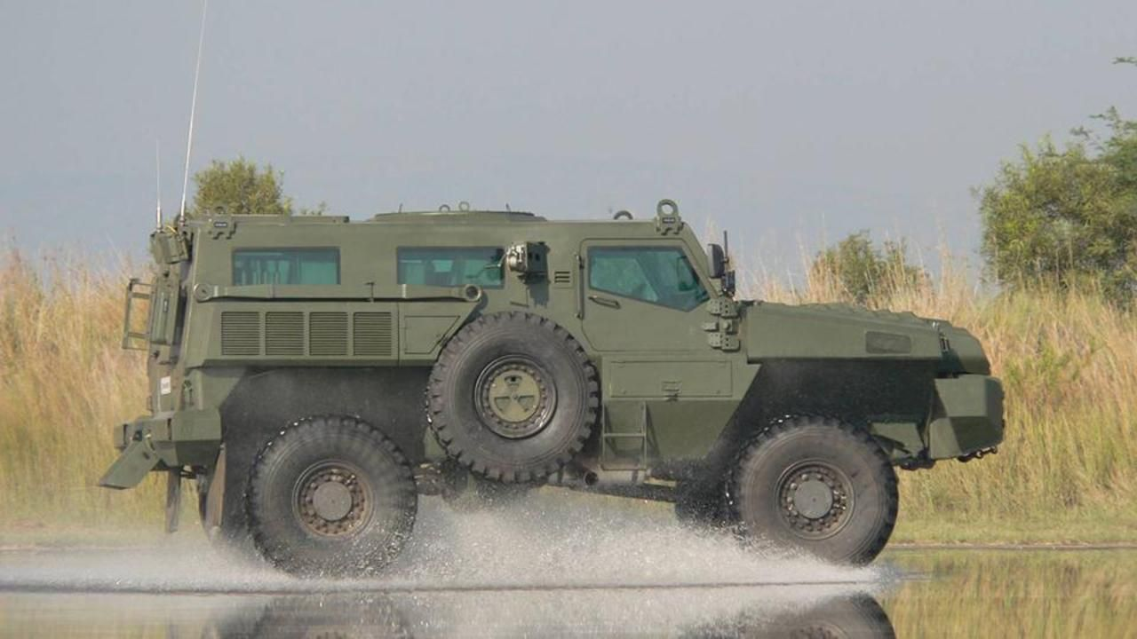 Nine military vehicles you can buy | AUTO MOTO SPORT | Pinterest ...