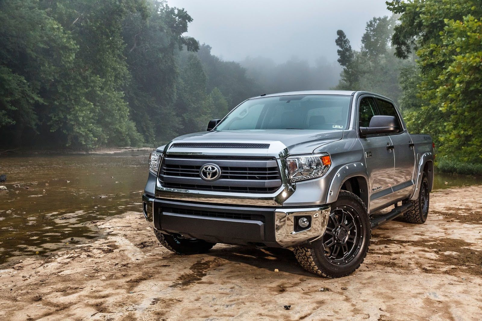 New 2019 toyota tundra diesel engine
