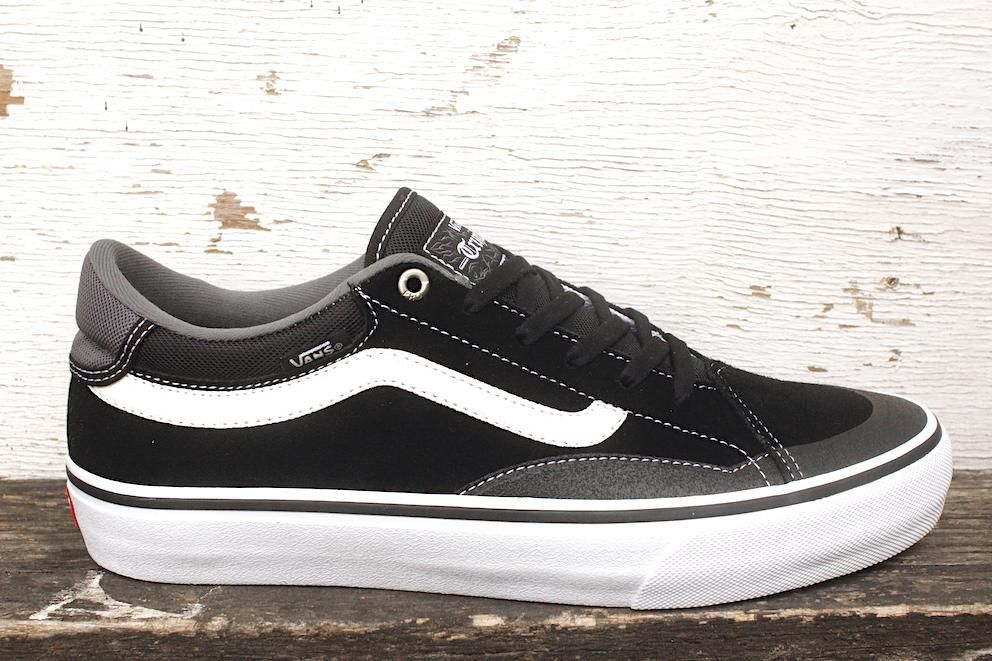 Vans TNT Advanced Prototype BlackWhite | Vans, Vans tnt