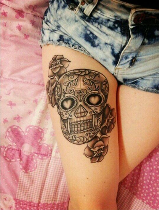Calavera Y Flores Tatuajes Piercing Tatuajes Pierna