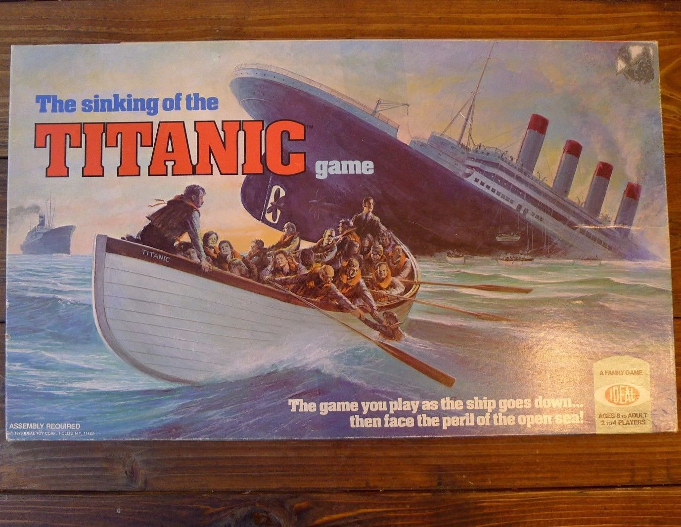 Sinking of the Titanic Abandon Ship Board Game Ideal 1976