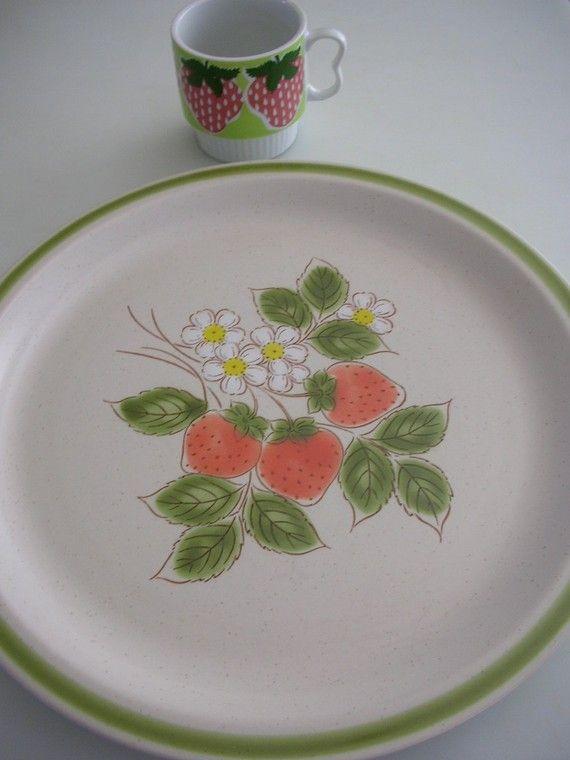 Strawberry Patch Large 12 1/2 Stoneware by TheBackOfTheBasement, $10.00