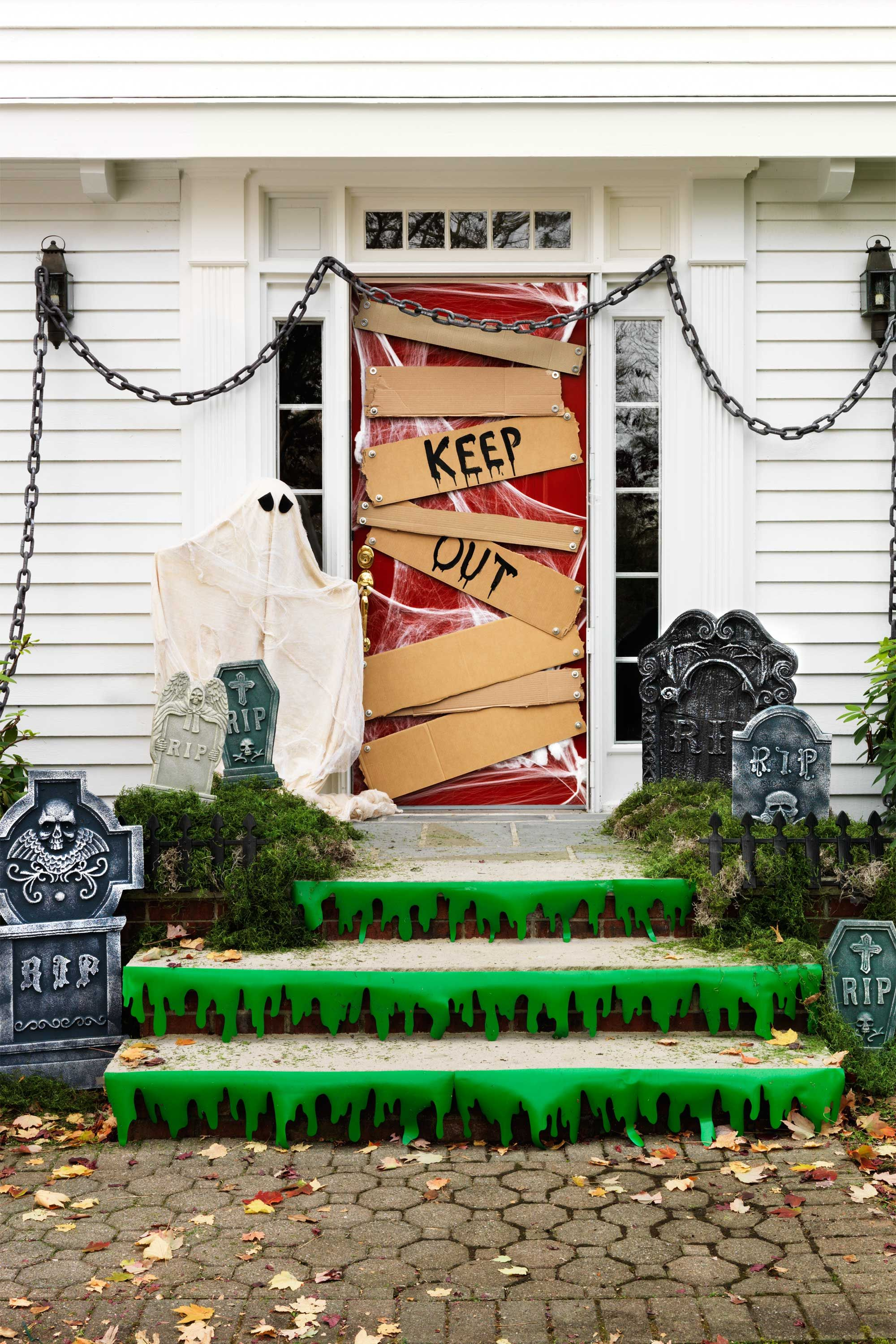 30+ Spooktacular Outdoor Halloween Decorations Graveyards, Front - Front Door Halloween Decorations