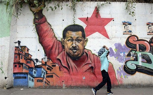 Political Graffiti  from Venezuela to Kenya  40fe6d923e1e