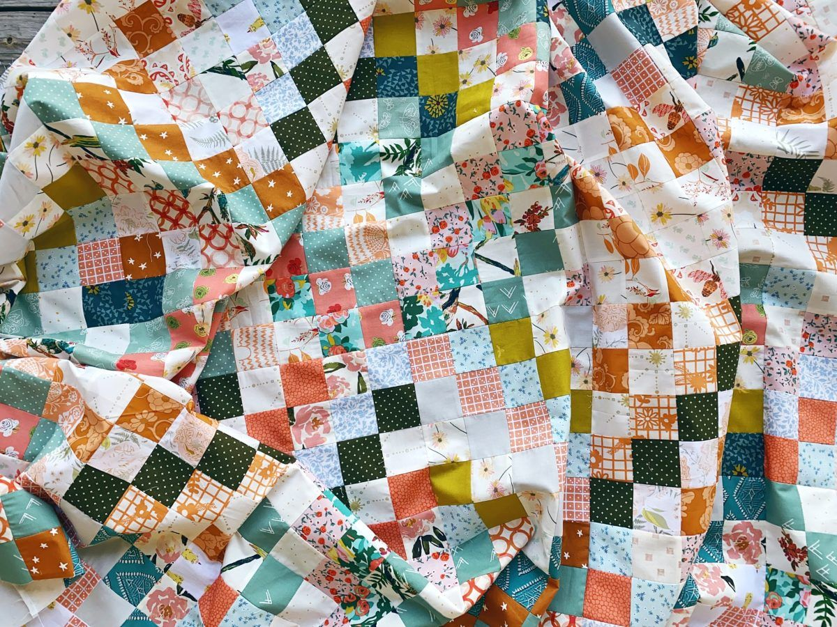 Quilt Reveal Trippy Quilt 4 Green And Orange And A Hint Of Silver In 2020 Charm Quilt Quilts Scrappy Quilt Patterns