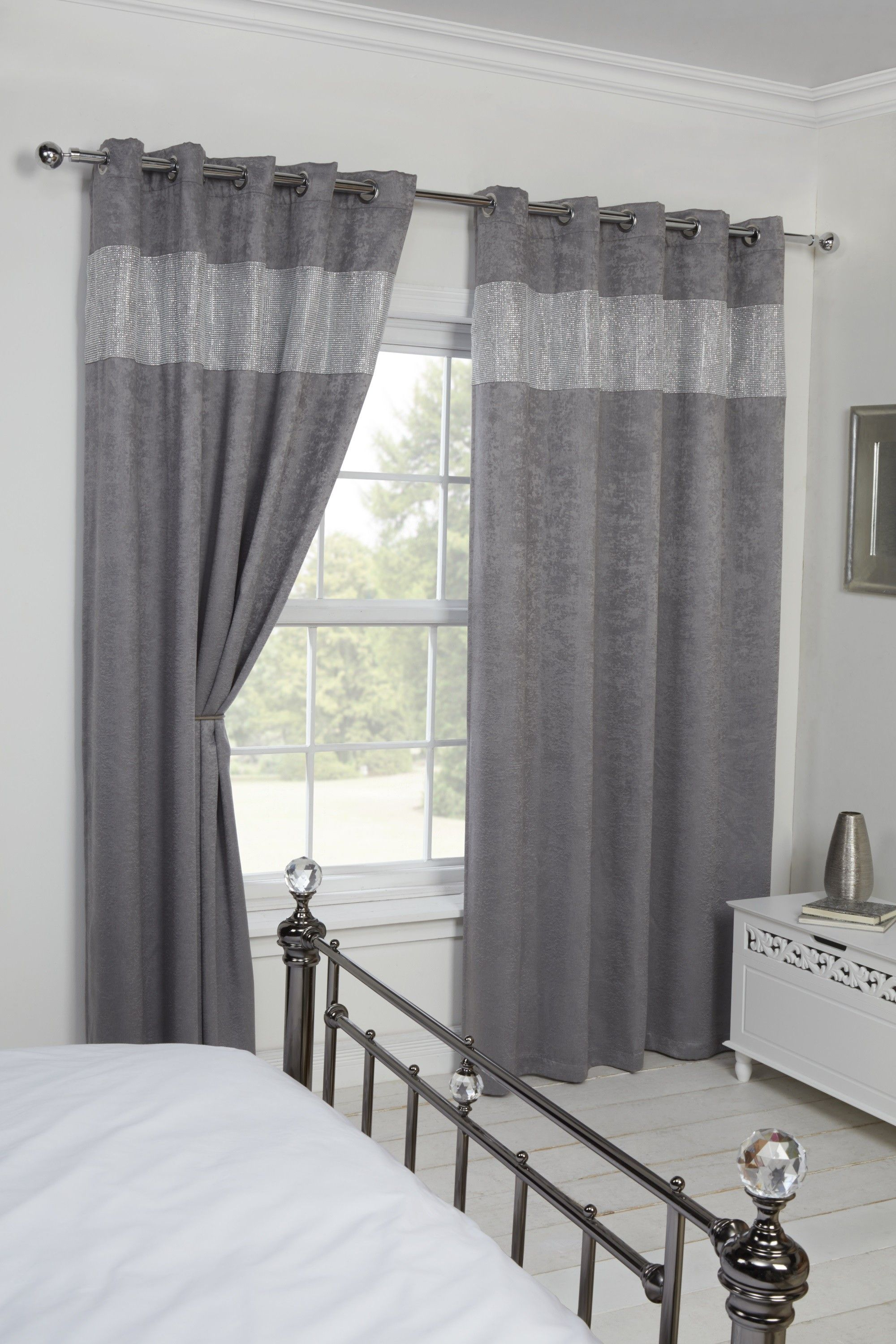 Buy Blackout Eyelet Ringtop Readymade Diandra Silver Curtains From Louisiana Bedding In 2020 Silver Curtains Contemporary Living Room Cozy Blackout Curtains