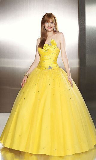 Yellow wedding dress- looks exactly like my prom dress...yellow is NOT made for weddings.