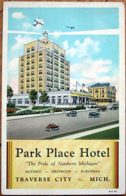 Traverse City S Historic Park Place Hotel Best Place To Grab A Drink With A View Year Round Top Of The Park Traverse City Michigan Traverse City Lodging Traverse City
