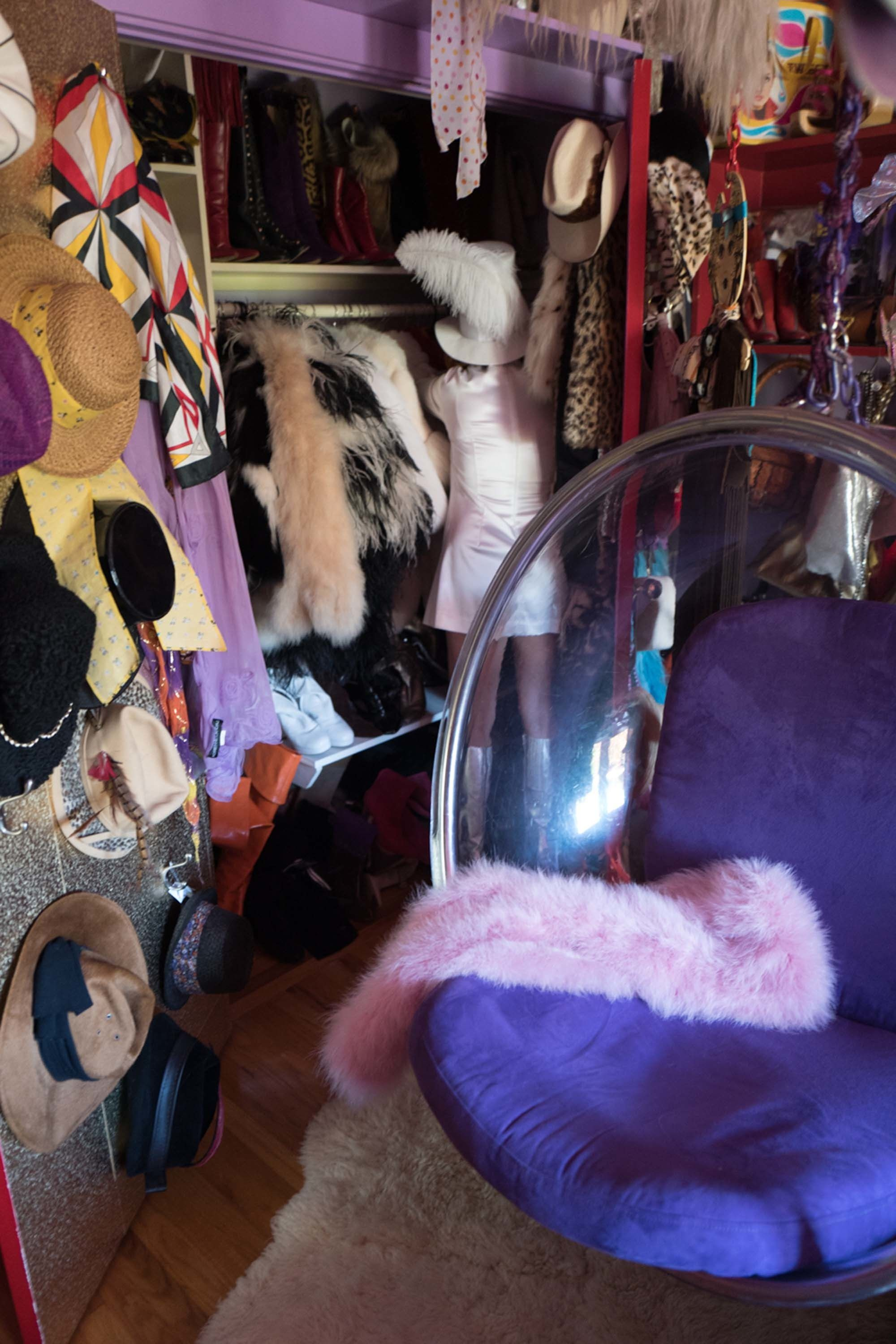 Linda Ramone Gives Us a Tour of Her Jaw-Dropping Closet - Photos