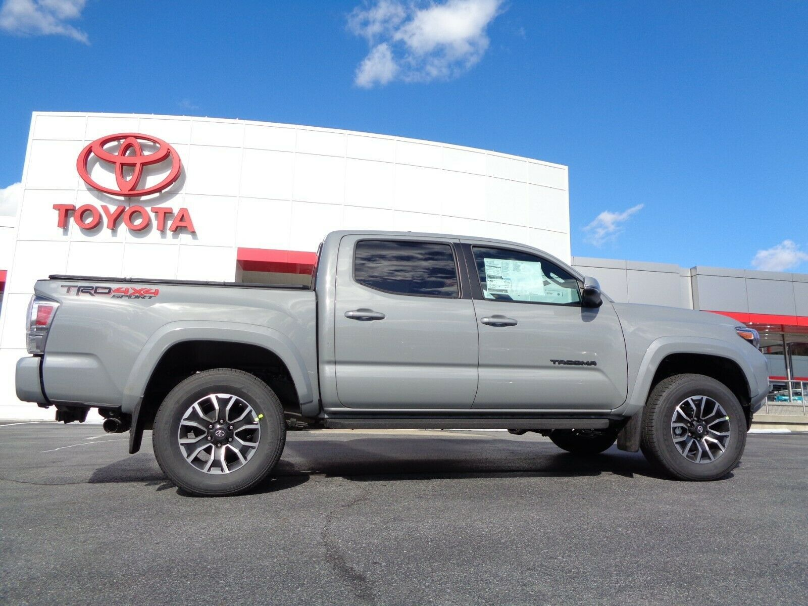 Used 2020 Toyota New 2020 Double Cab 4×4 3.5L 4WD