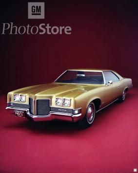 1971 Pontiac Catalina Ours Was White With A Black Vinyl Top And White Interior Pontiac Catalina Pontiac New Cars