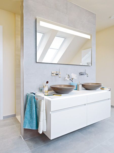 Dieses Badezimmer ist eine echte Wellness-Oase Saunas, Bath room - kleine moderne badezimmer