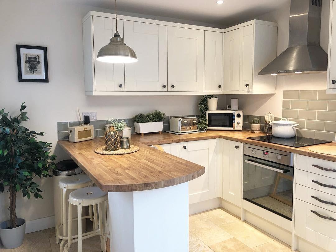 Tatton Kitchen Range   Magnet   Small kitchen countertops, Kitchen ...