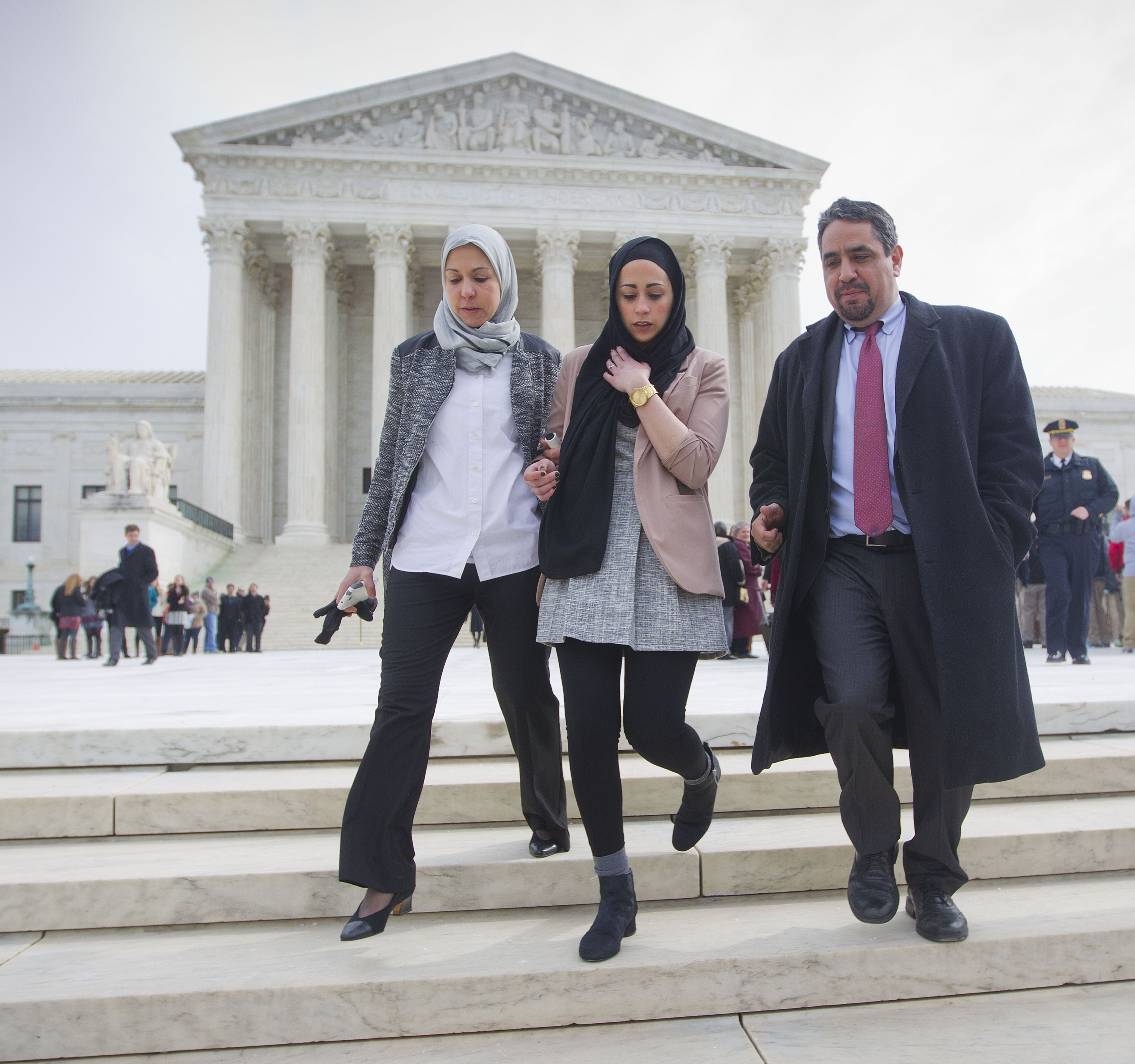 Court favors freedom of faith in ruling over Muslim job seeker's headscarf