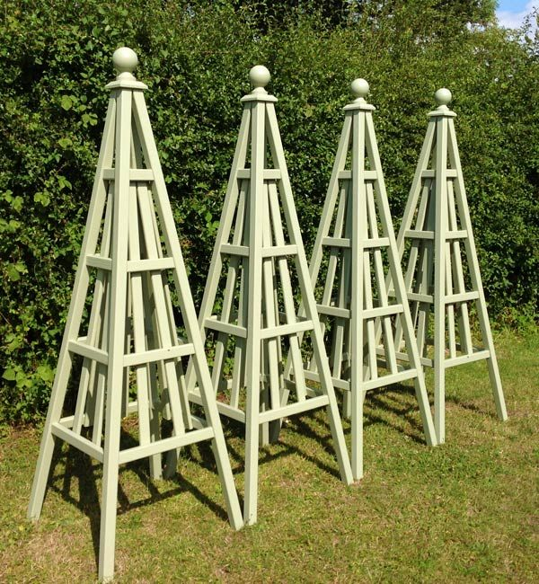 Gardens Set Of 4 Wooden Obelisks Sweet Pea Design Painted Lichen By Farrow And Ball