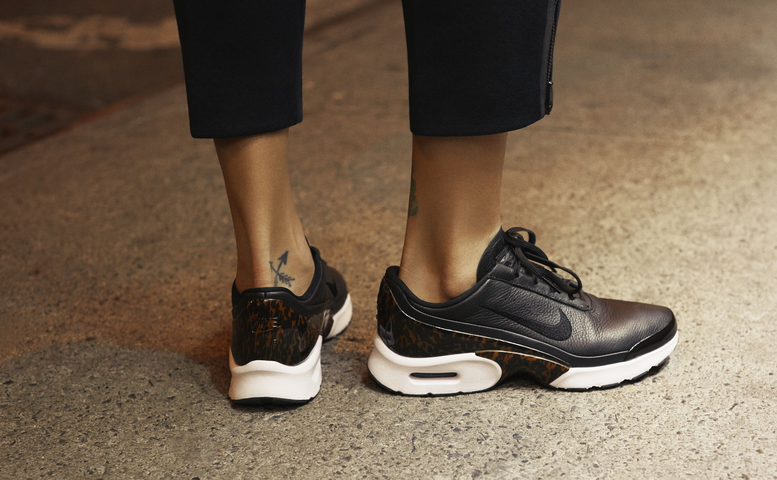 sneakers women nike air max jewell lux tortoise shell couturing sneakers pinterest. Black Bedroom Furniture Sets. Home Design Ideas