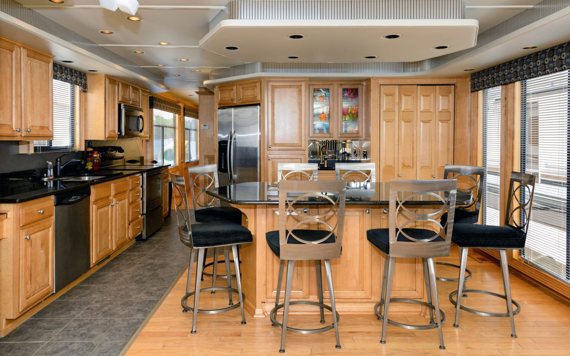 Houseboat rentals lake lanier lanier islands the