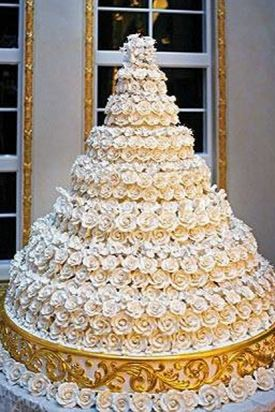 16 Outrageous Celebrity Wedding Cakes Slideshow   Cake Art     61e6ecc66048cca1fee2d972dc887ca2 jpg
