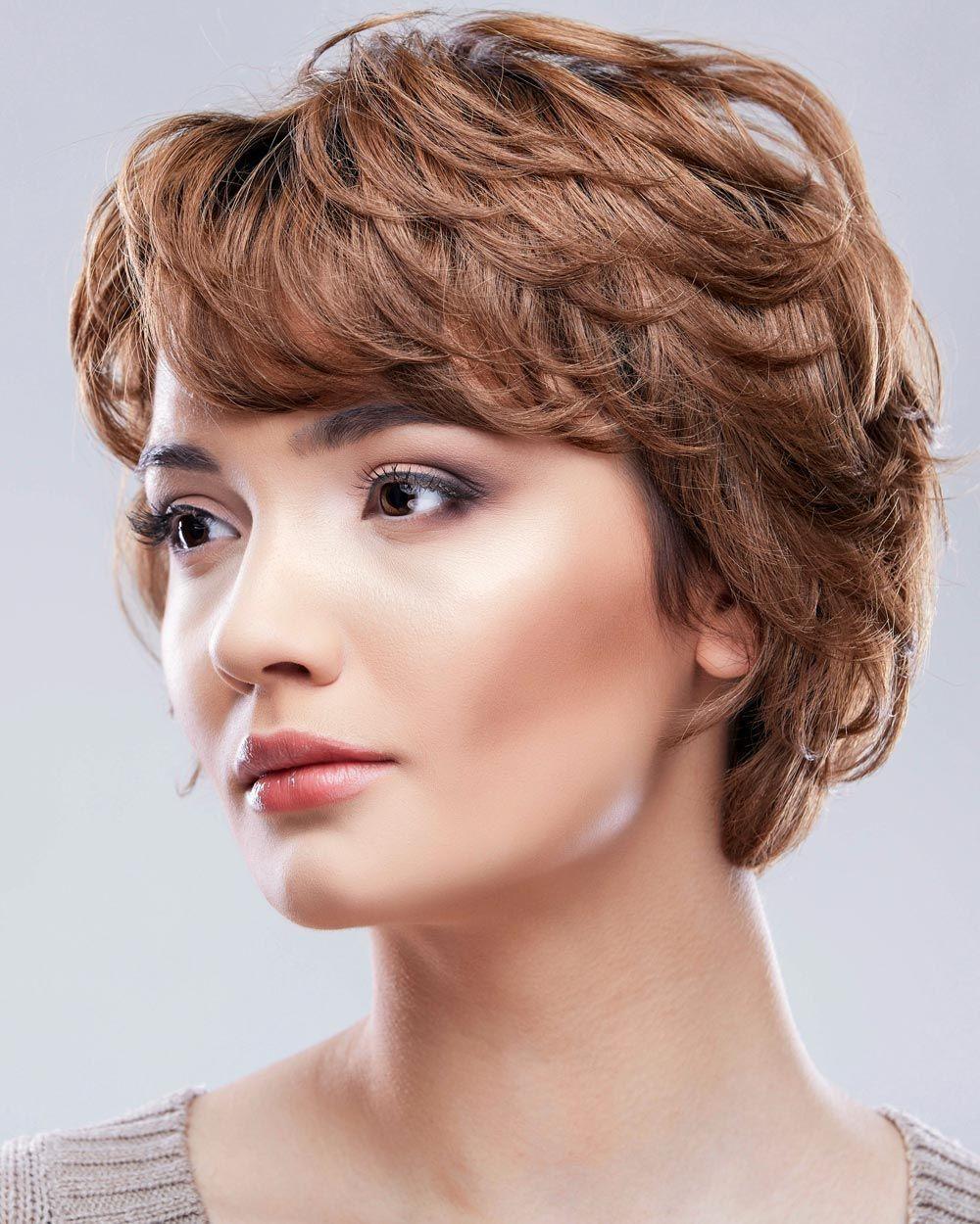 Elegant Kurzhaarfrisuren Naturlocken Rundes Gesicht Short Hair